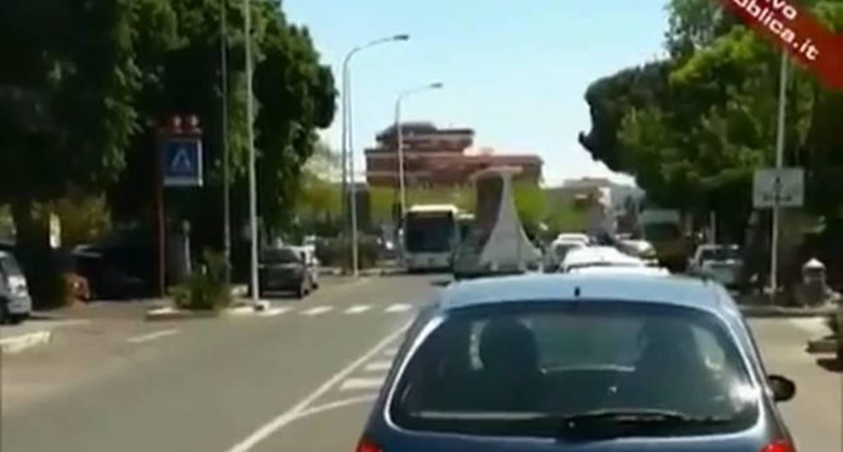 Как итальянец автобус водил