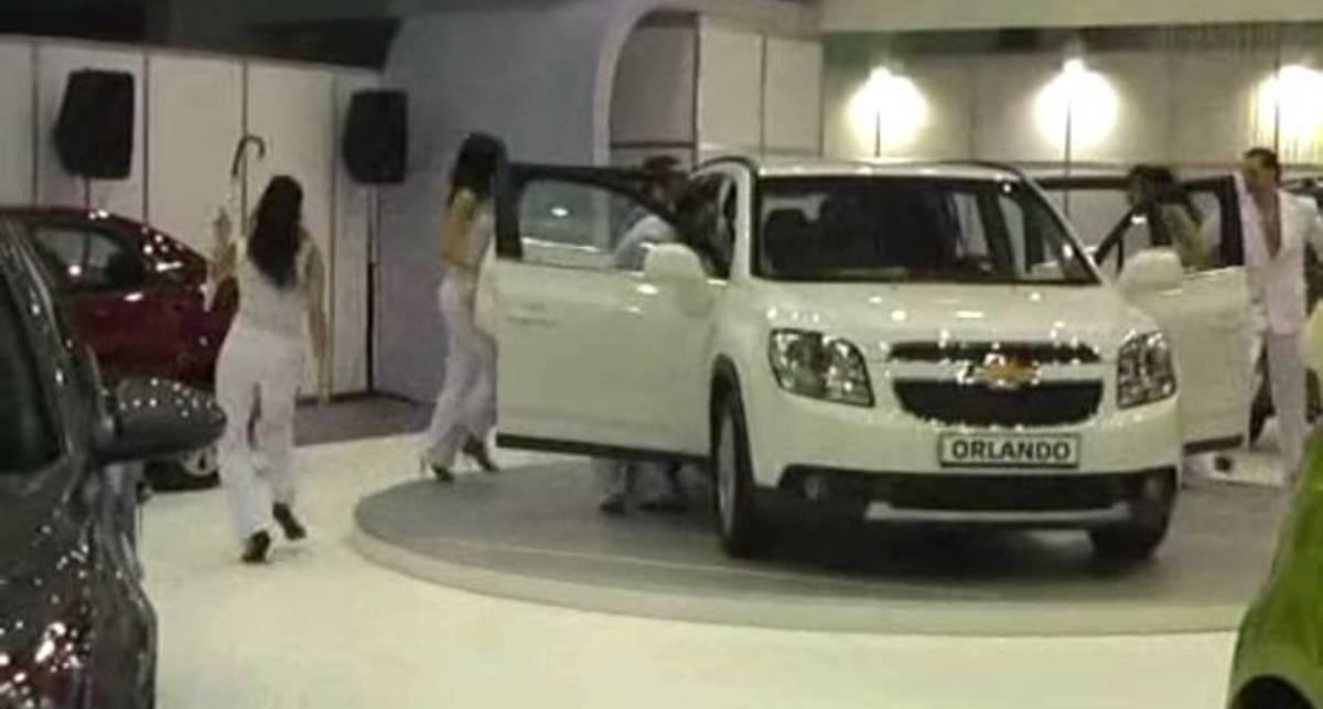 SIA 2011: Chevrolet Orlando
