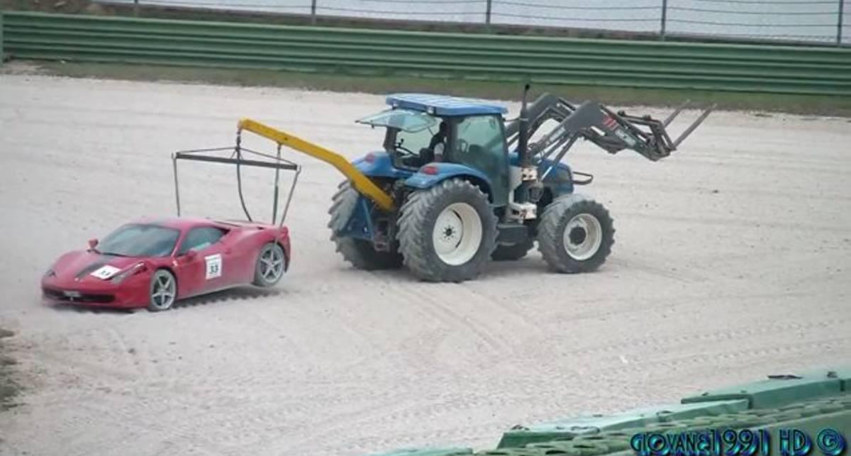 Крушение Ferrari 458 Italia (2)