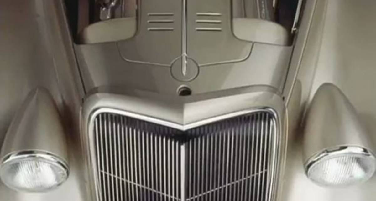Chip Foose - 1935 Chevrolet Grand Master
