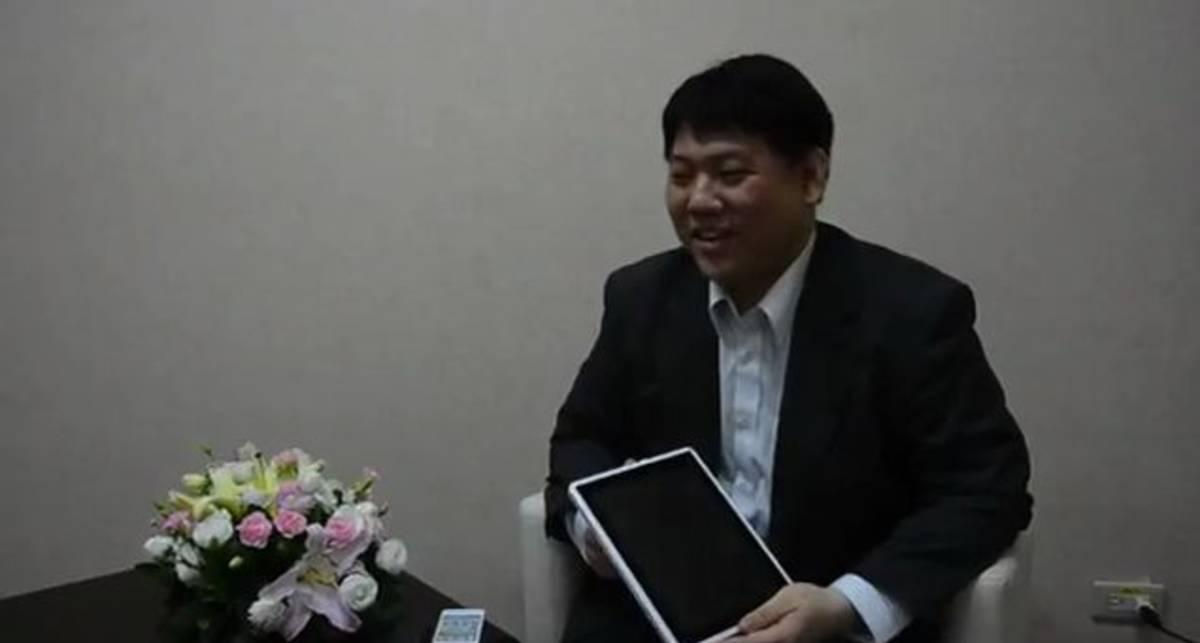 ICE Computer Trinity - очередной модульный планшет со смартфоном