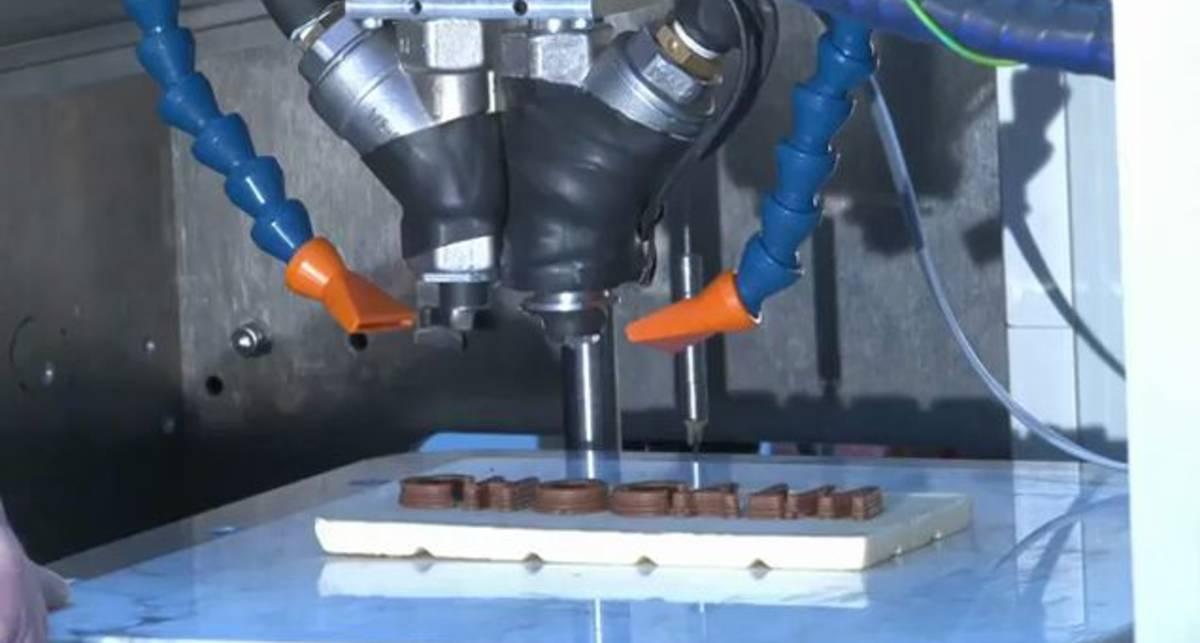 Первый шоколадный 3D-принтер