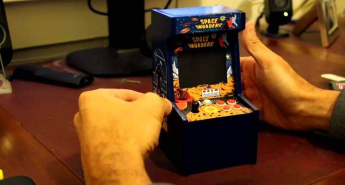 Настольный игровой автомат