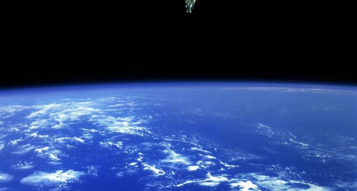NASA посвятила фотосессию картине «Гравитация»