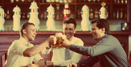 Пей, не робей: как лечиться алкоголем