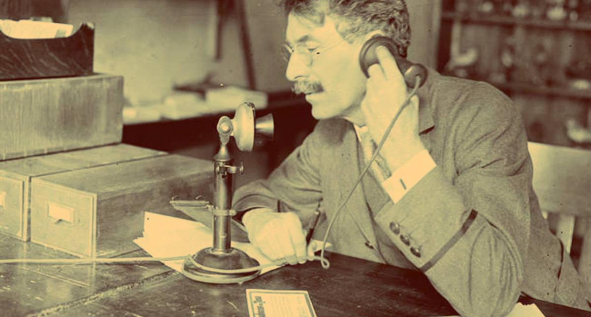 История телефона: как девайсы развивались