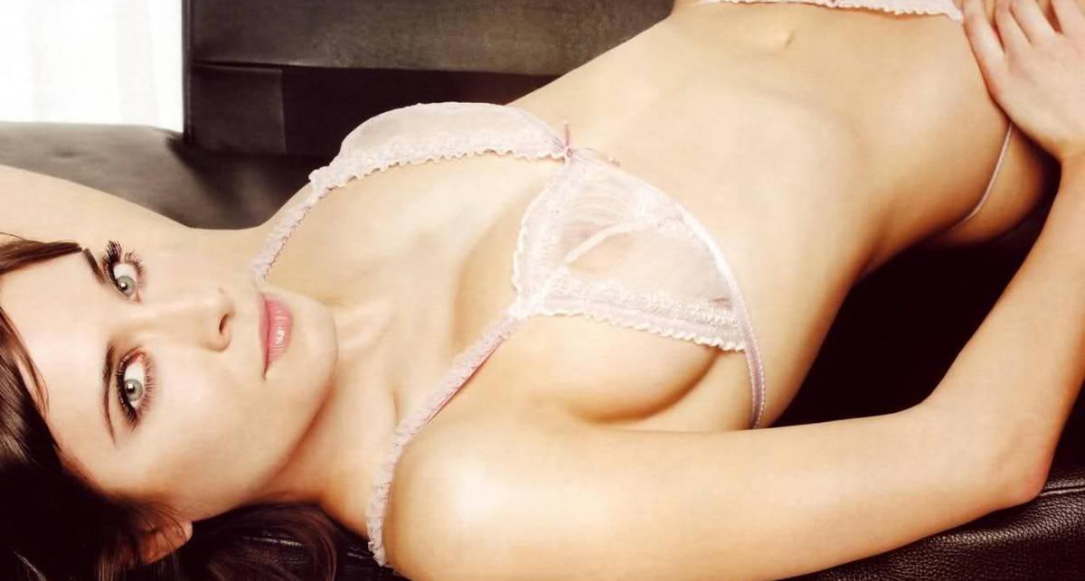 Модель недели: горячая брюнетка Пилар Рубио