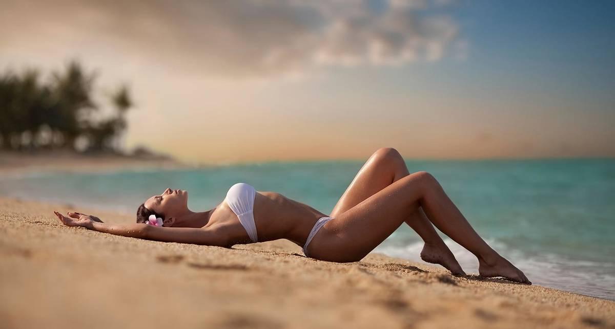 Приближаем лето: фотографии красоток в бикини