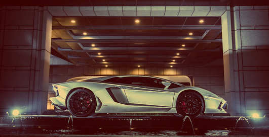 Джеки Чан получил эксклюзивный Lamborghini Aventador