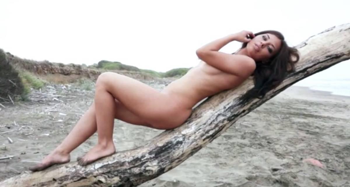 За кадром эротической съемки: Ольга Воедова