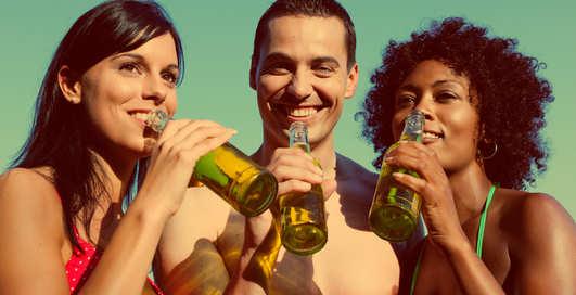 Жидкий норматив: сколько и чего обязан пить каждый