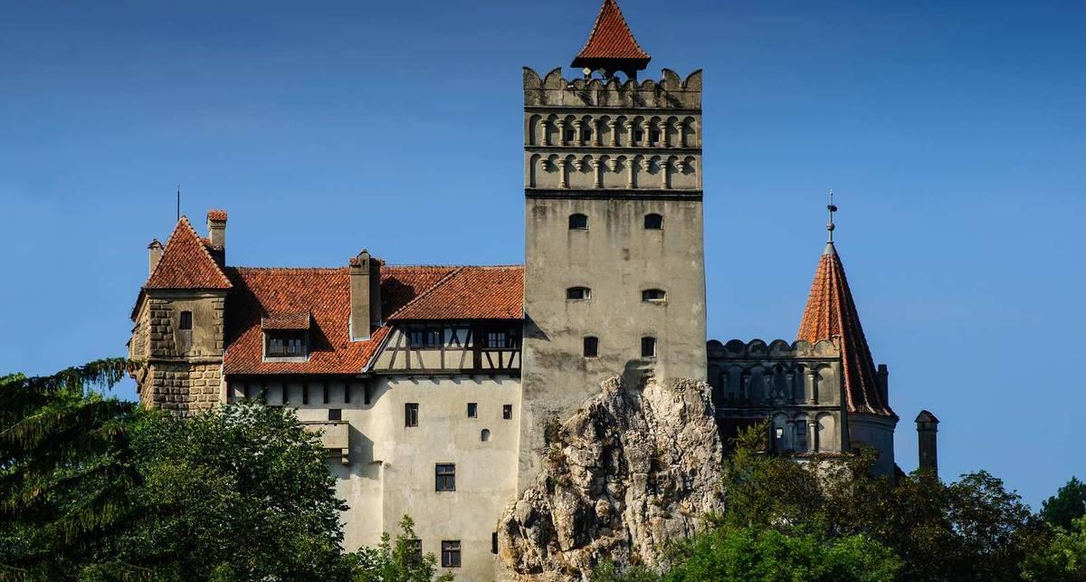 Замок Дракулы продадут с аукциона за $135 млн.