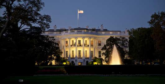 США проведут президентские выборы в интернете
