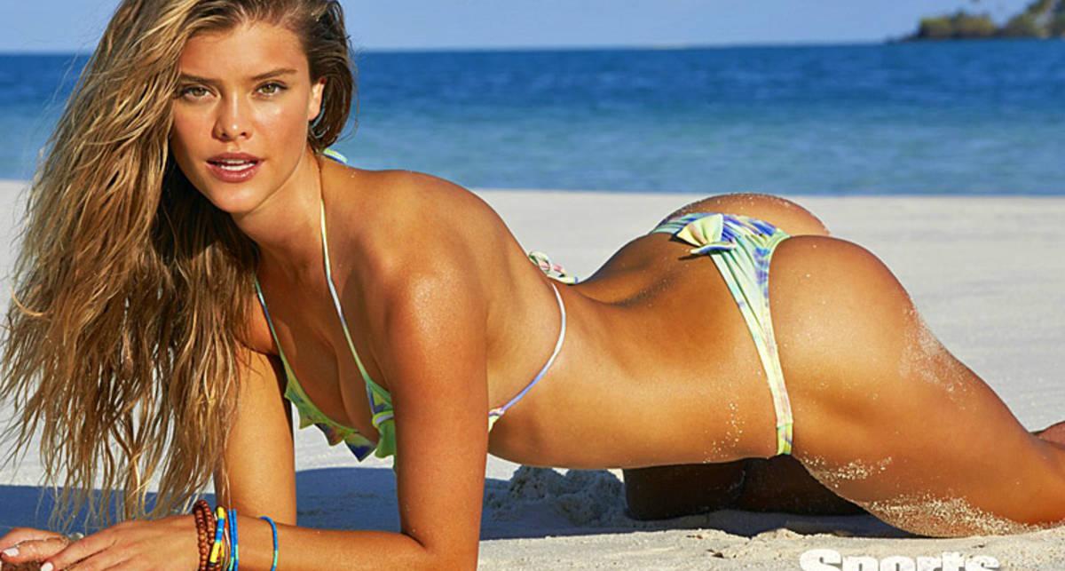 Нина Агдал разделась для Sports Illustrated Swimsuit