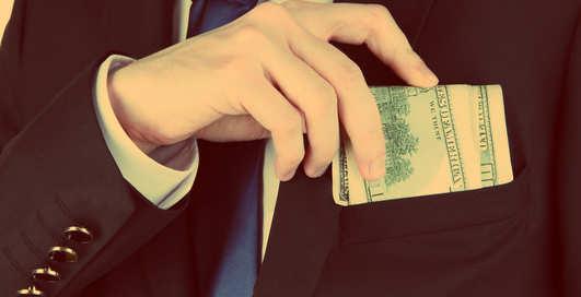 Как копить деньги: 5 самых частых ошибок