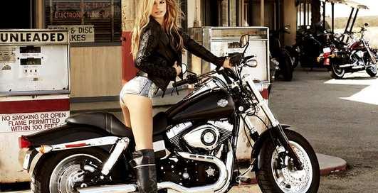 Мотоколонна Harley-Davidson отправляется в Одессу