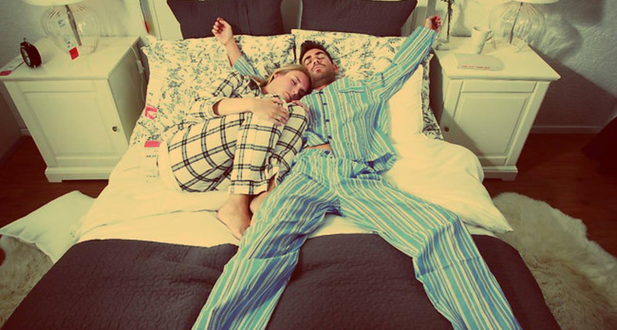 Позы сна: какие бывают и что означают