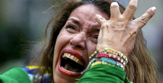 Эмоции болельщиков сборной Бразилии