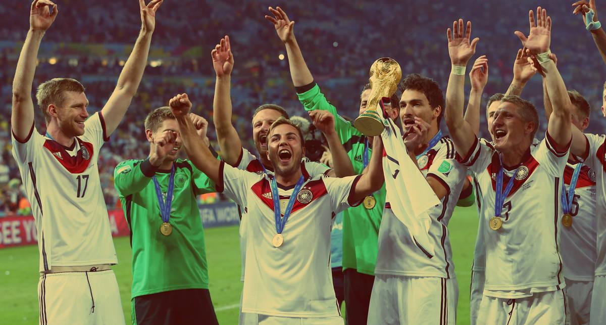 Как футболисты Германии Кубок мира поломали