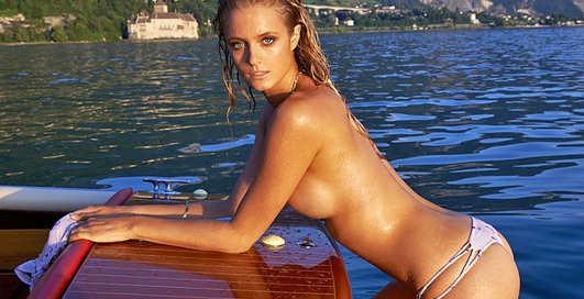 Кейт Бок разделась для Sports Illustrated Swimsuit