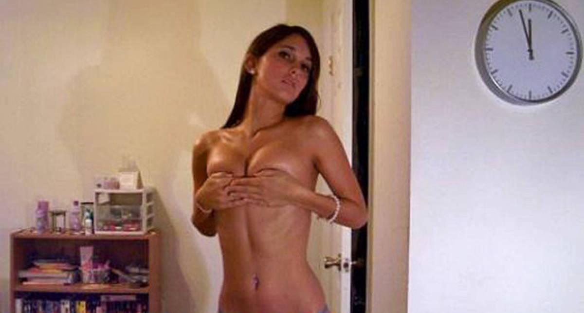 К черту лифчики: интимные фото красивых девушек