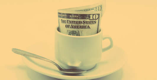 Достойные чаевые: кому и за что их оставлять