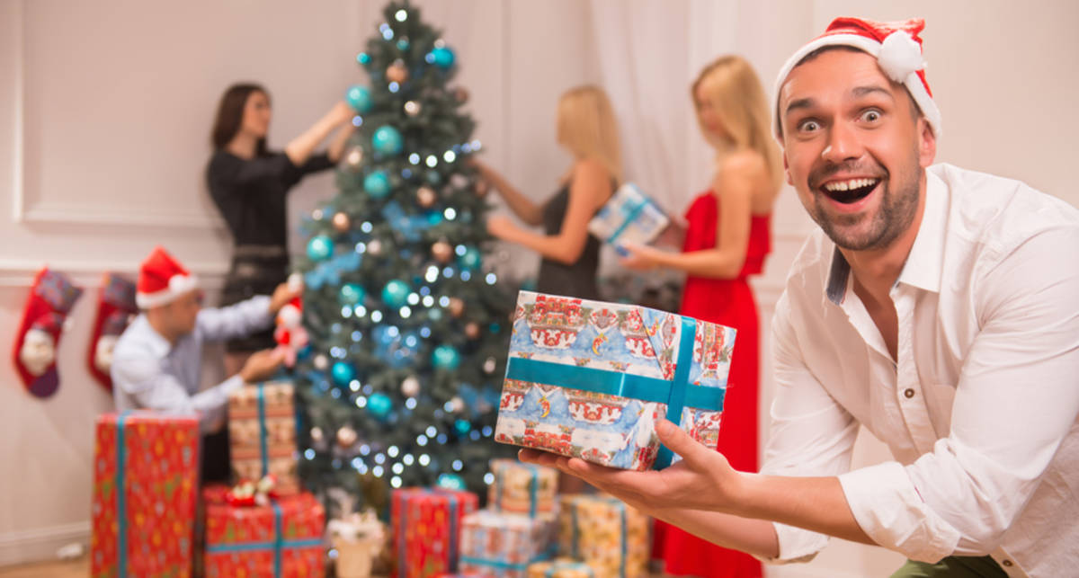 Мужские подарки на Новый год: 15 самых стильных