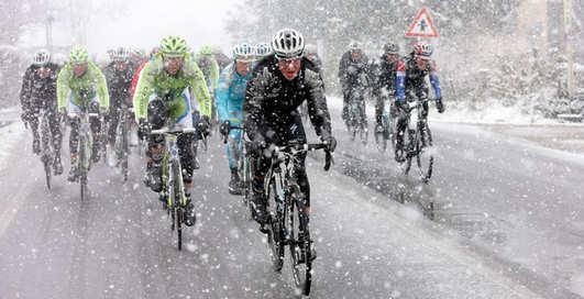 Как согреть колени во время зимней велопрогулки?