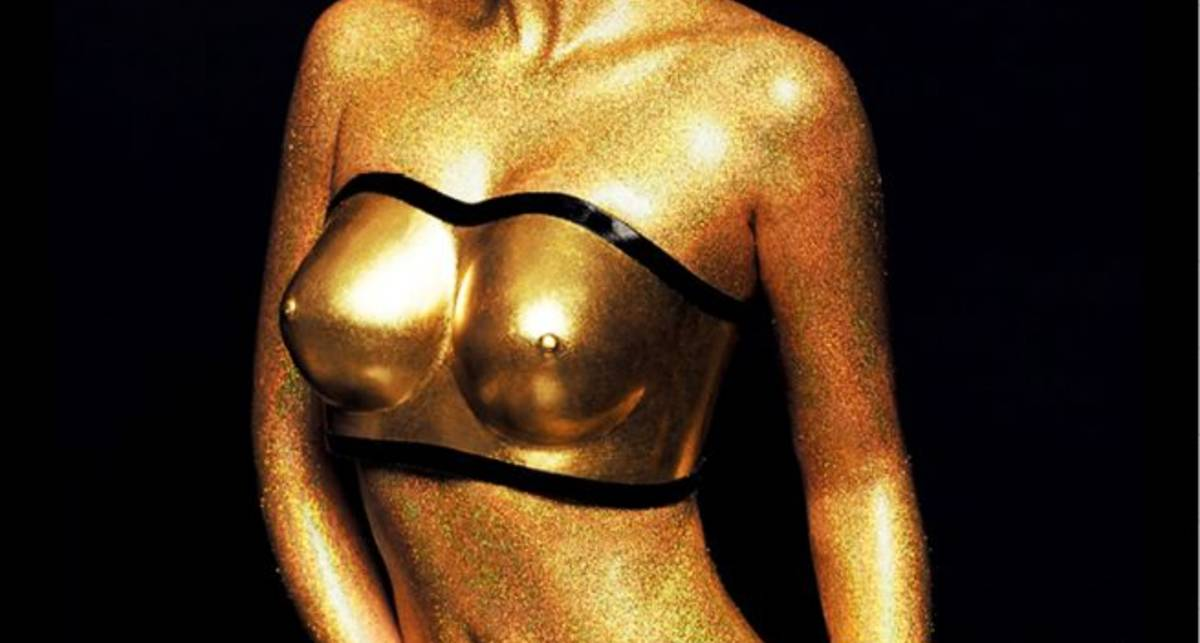 Год эротики: XXL показали самый мужской календарь