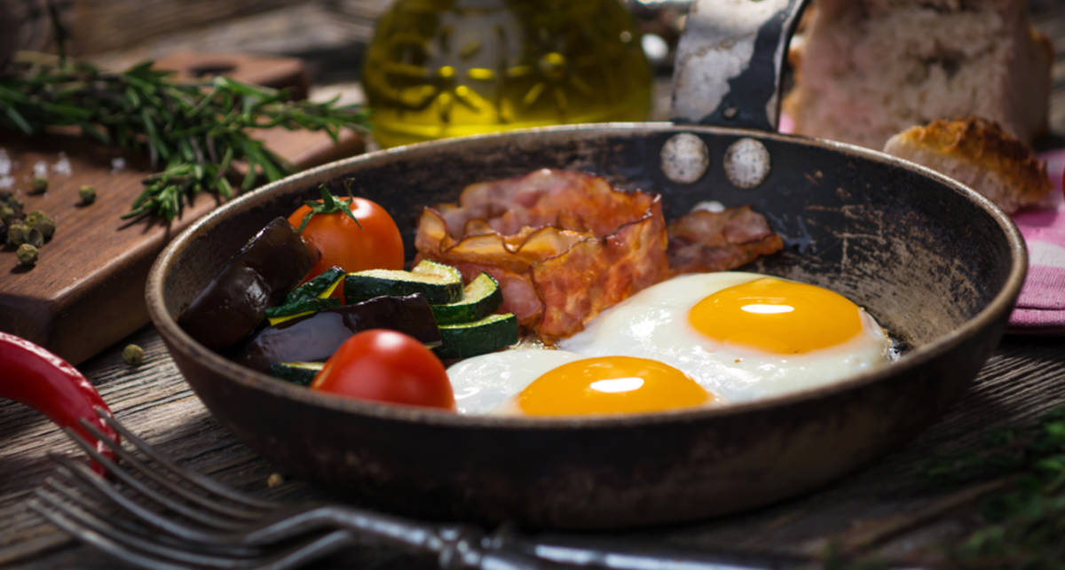 Какой завтрак помогает бороться с ожирением — ученые