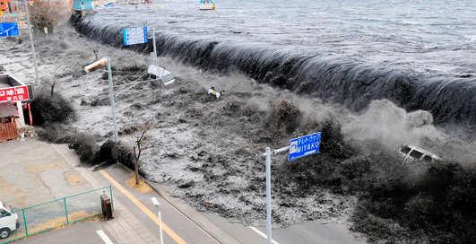 Наводнения и цунами: десять самых смертоносных