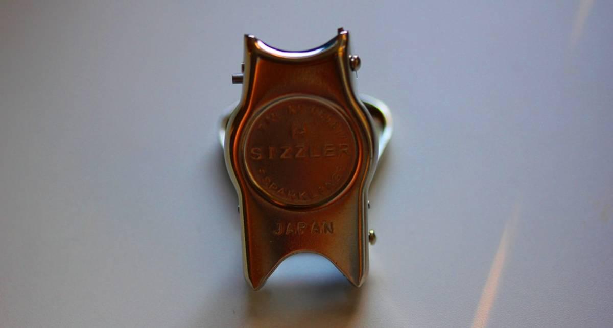 Sizzler: создана чудо-открывалка для фанатов пива