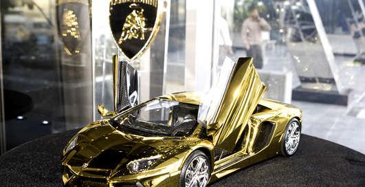 Lamborghini и Ко: 10 самых дорогих вещей из золота