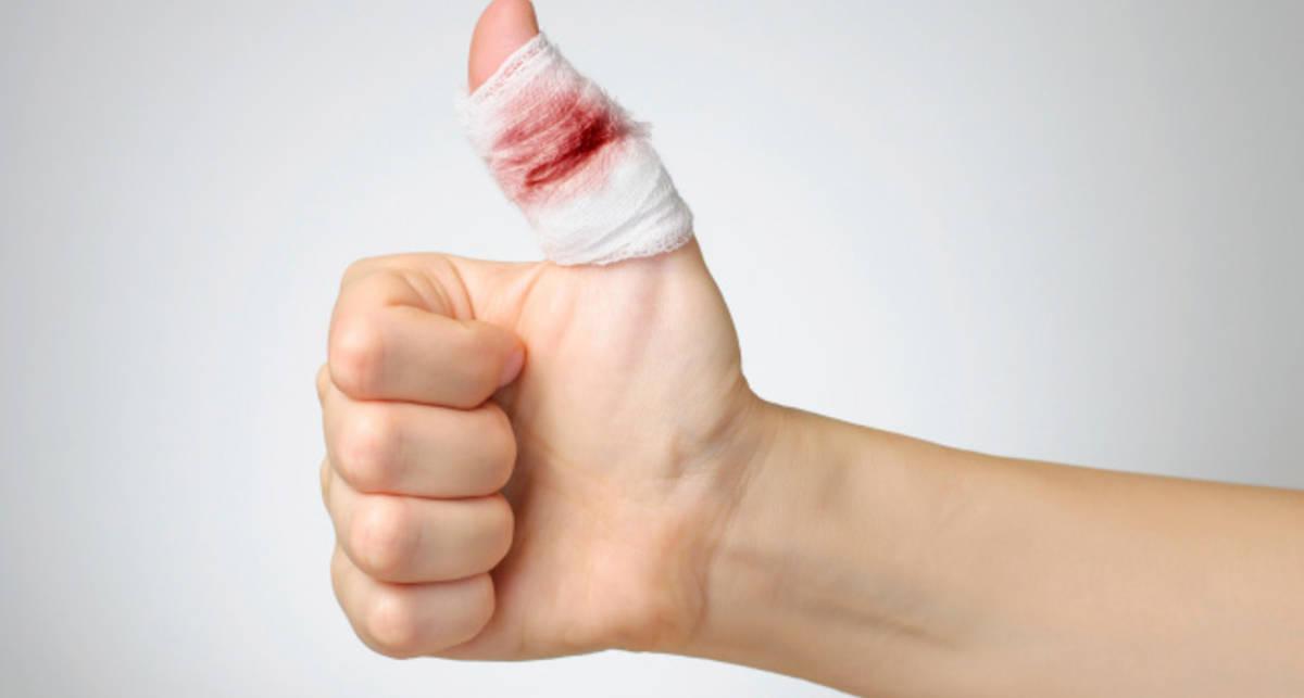 Почему так больно резать пальцы о бумагу - ученые