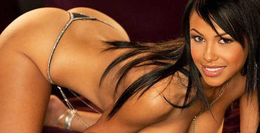 Кайли Джонсон: 26-летняя модель снялась для Playboy