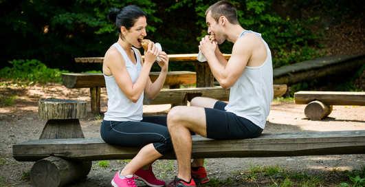 Белки, фруктоза, кофеин: 4 мифа о спортивном питании