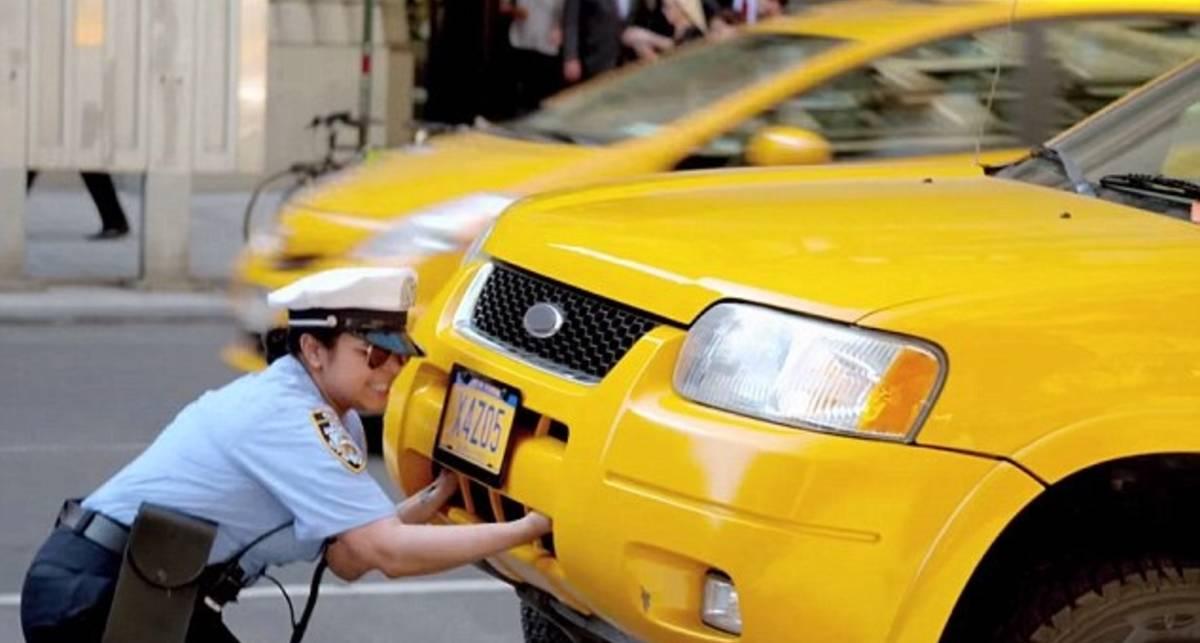 Парковщик VS Ford Escape 2005: кто сильнее