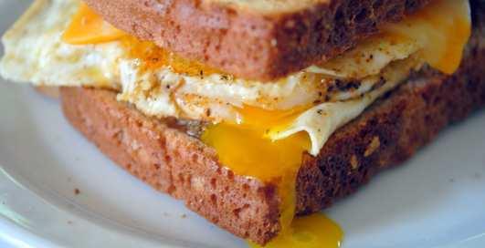 Еда с яйцами: 8 самых мужских рецептов