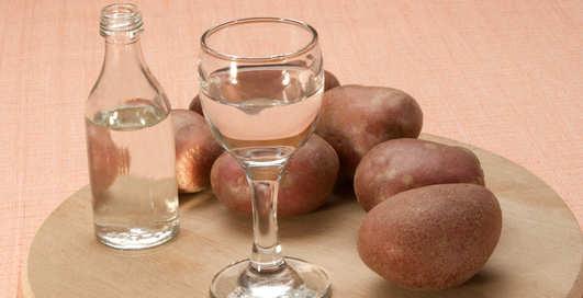 Водка из картошки: 5 популярных мифов о спиртном