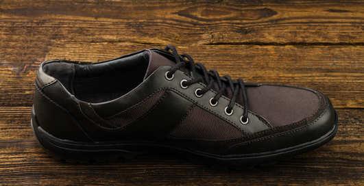 Мужские кроссовки: 5 черных пар для осени 2015