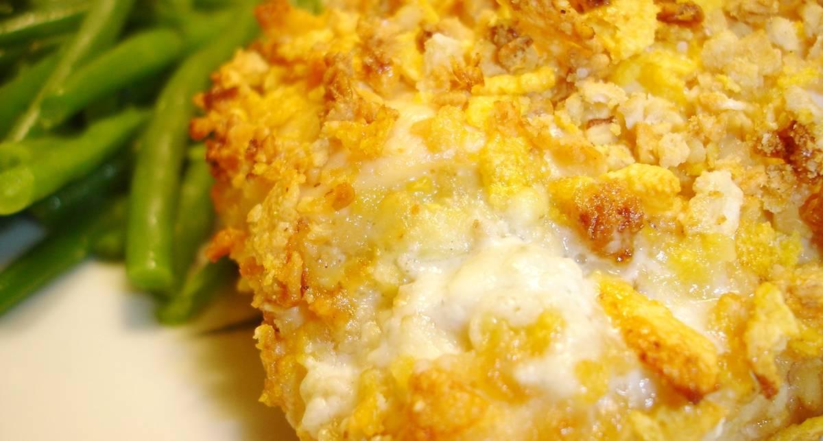Мужской рецепт: куриные грудки с сырной коркой