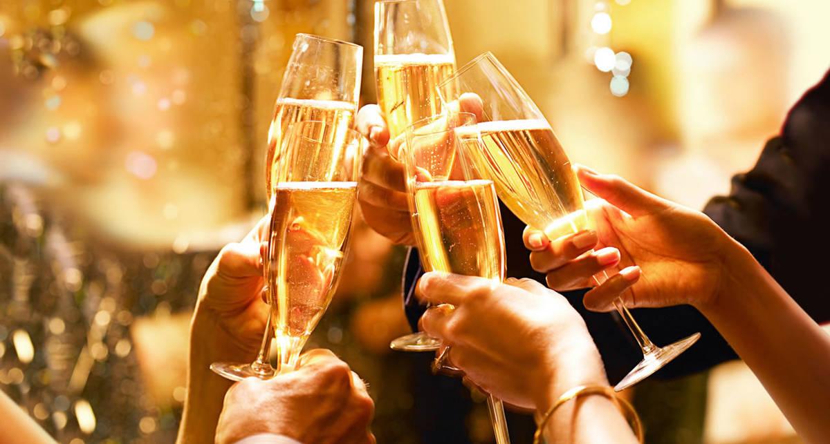 Шампанское лечит слабоумие — ученые