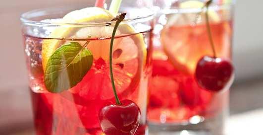 Пьяная вишня: рецепт коктейля для свиданий