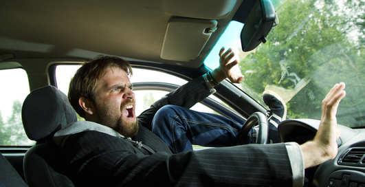 Отказали тормоза: как остановить машину