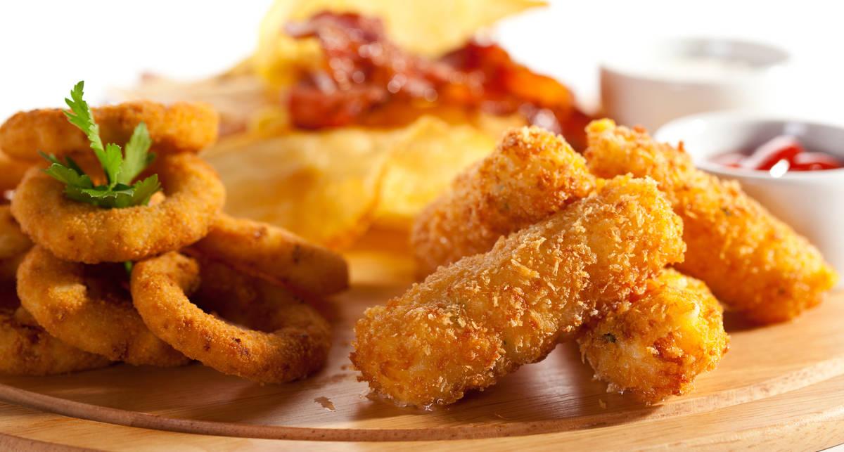 Будет вкусно: рецепт курицы в кляре с хрустящей картошкой