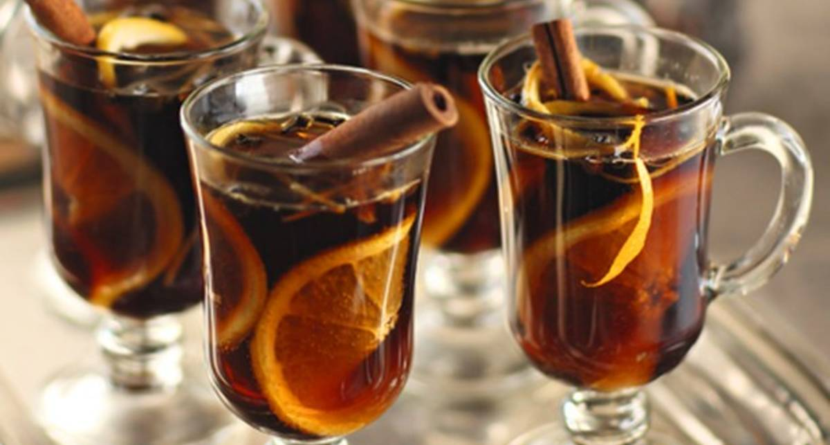 Пивной глинтвейн: простой рецепт крепкого коктейля