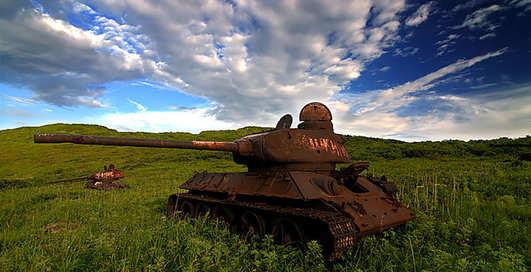 Ржавеющая броня: 40 фото брошенных танков