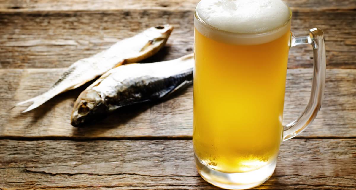 Пиво, рыбка и массаж: 10 правил жизни великих мужчин