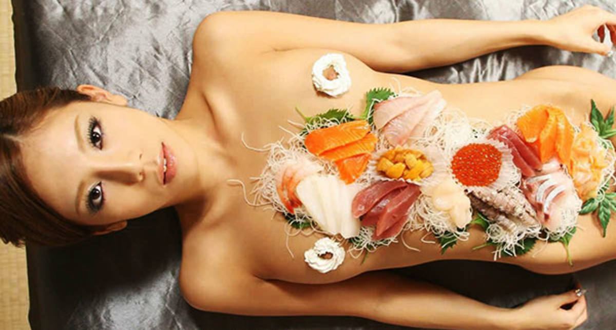 Секс с ужином: 5 видов необычного интима