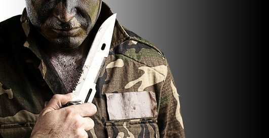 Достал нож — бей: 6 глупых мифов о холодном оружии